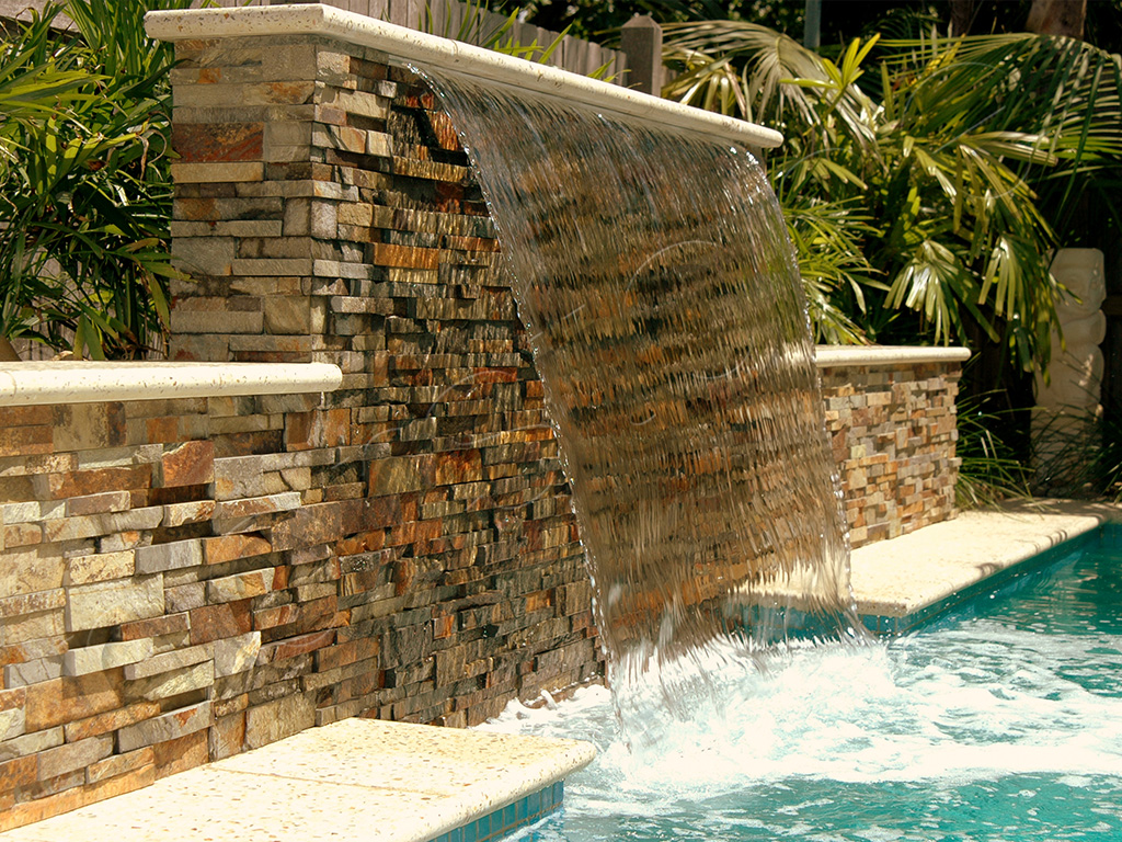 Norstone-Ochre-Rock-Panels-NB-Pool
