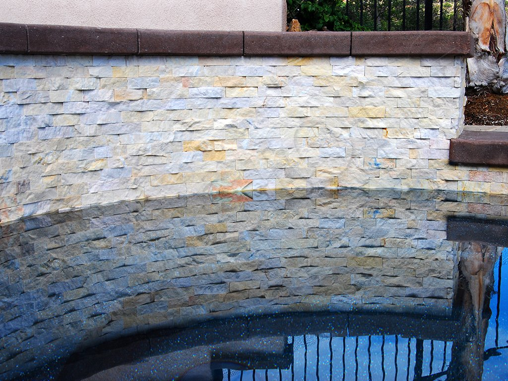 Curved stone walls norstone rock panels radius for Curved wall
